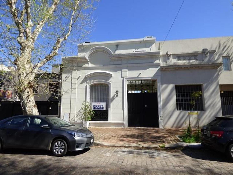 Casa - Venta - Argentina, Capital Federal - TRONADOR  AL 2100