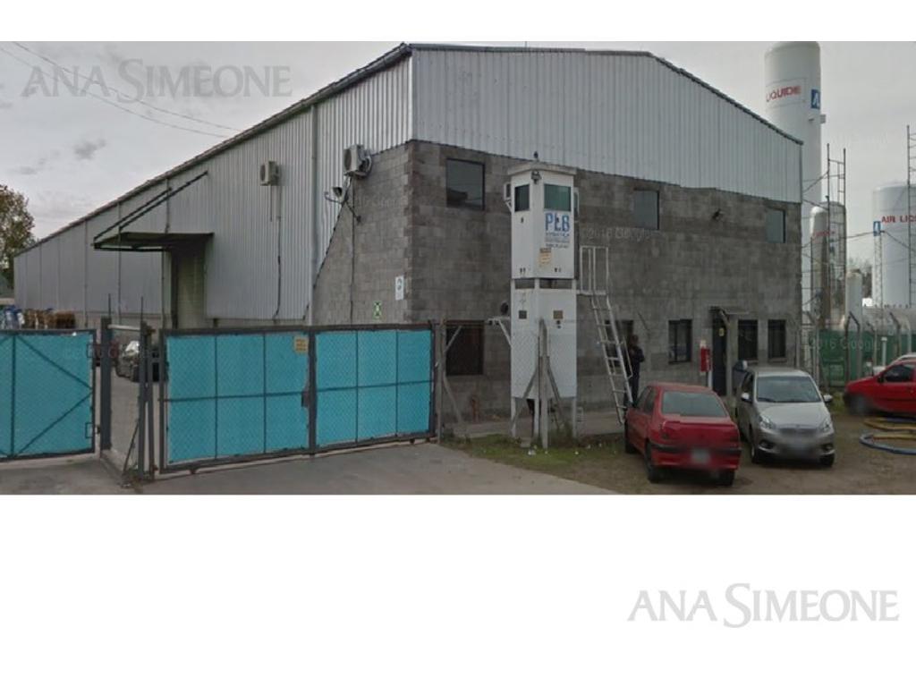 Excelente Nave Industrial en Área de Promoción El Triángulo s/ Col. Panamericana