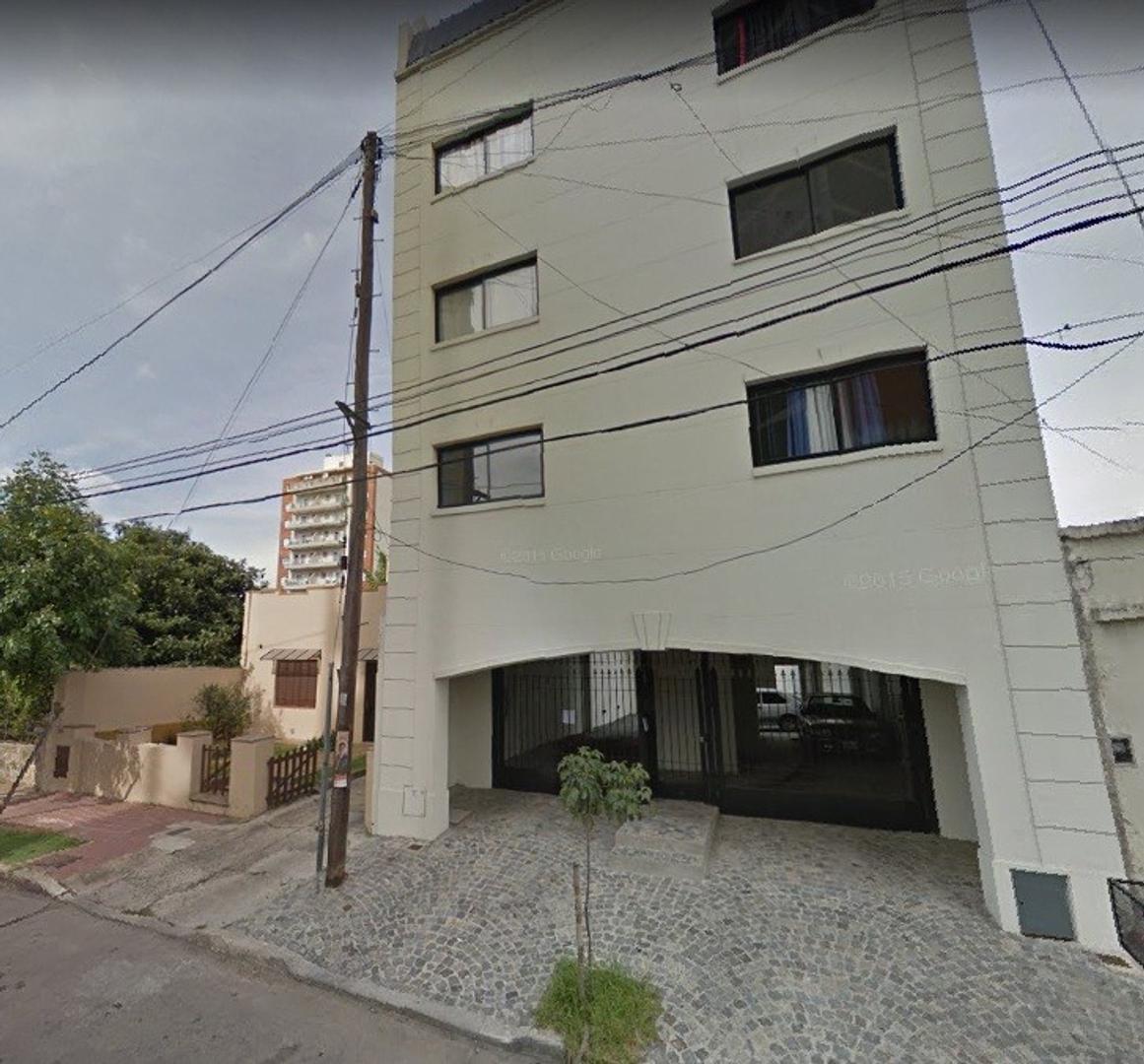Depto. de 2 ambientes a ESTRENAR c/cochera - Sarmiento al 1000 e/Solis y Guido, Quilmes Este.
