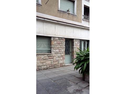 casa a la venta en Paternal - ENORME CASA COMPLETÍSIMA - EXCELENTE UBICACIÓN