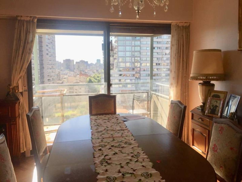 Venta piso 4 ambientes en Barrio Norte