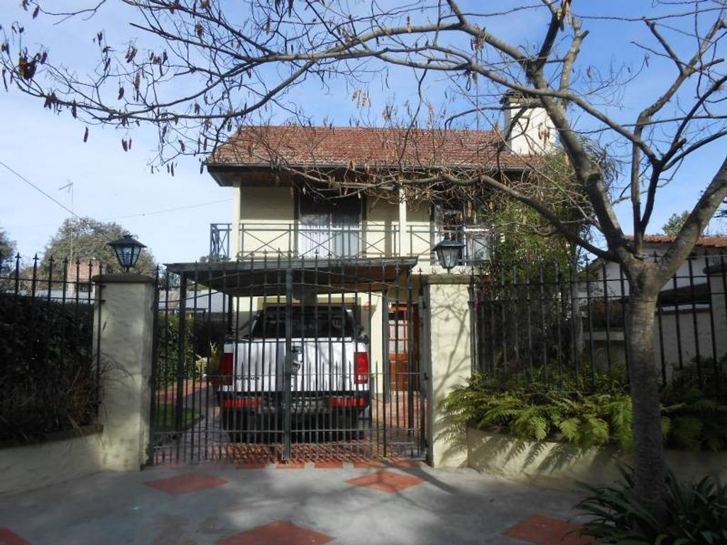 Importante casa en venta ingeniero Maschwitz