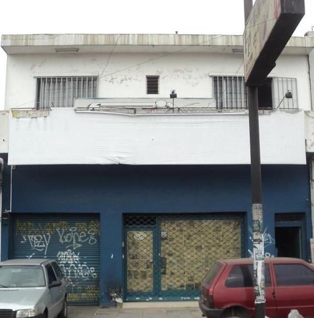 Galpón - Venta - Argentina, Tres de Febrero - AV. RIVADAVIA  AL 12100