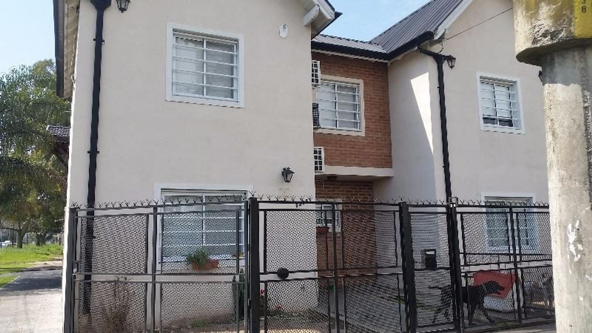 Casa en Venta en Quilmes Oeste - 3 ambientes