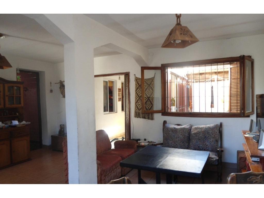 Casa En Venta En M De Sarratea 400 Moron Buscainmueble