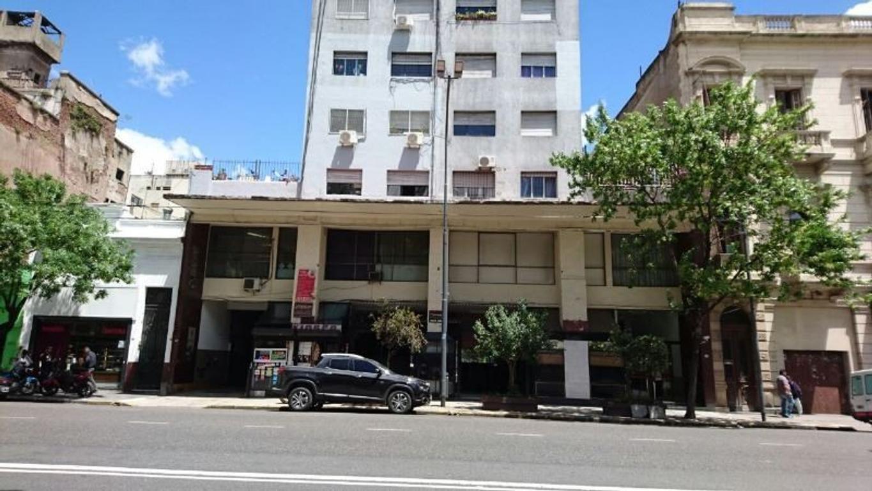 Entre Rios 1100 - Local en Galeria - Constitución