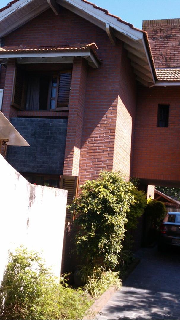 Casa - Venta - Argentina, BERAZATEGUI - CALLE 32 3540