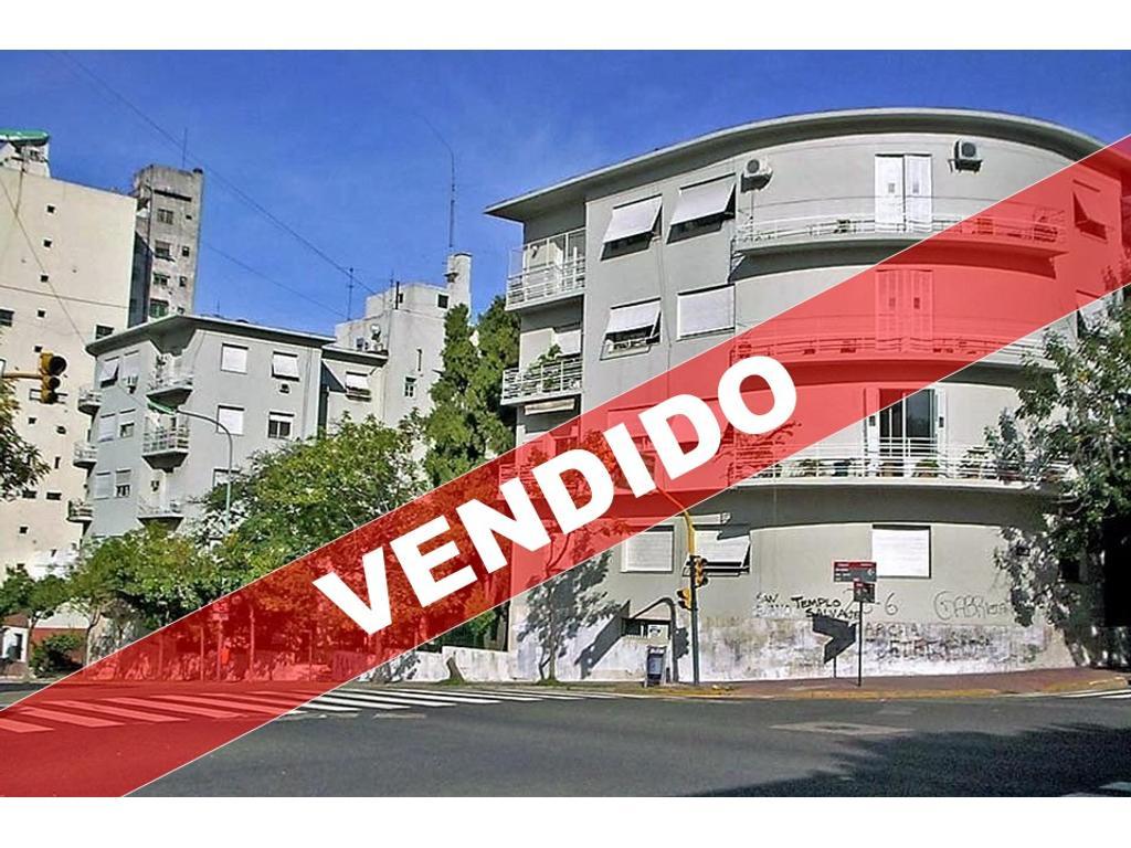 Av San Juan 200 - Departamento 5 Ambientes con Balcón Terraza