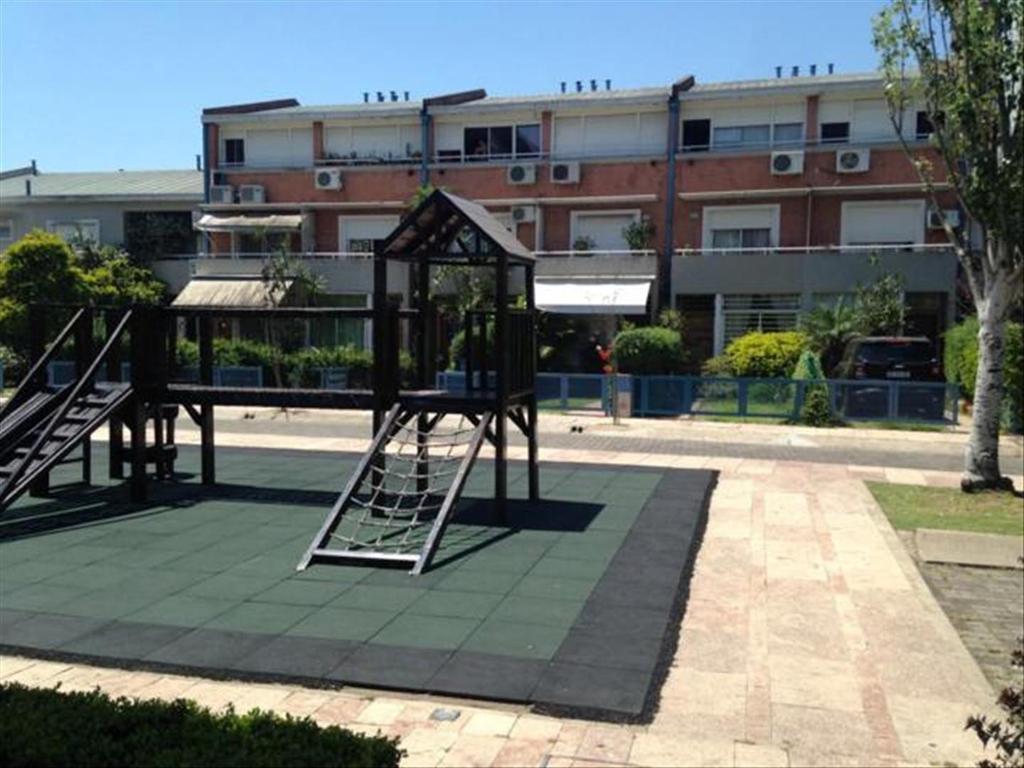 Casa en Venta de 5 ambientes en Capital Federal, Villa General Mitre