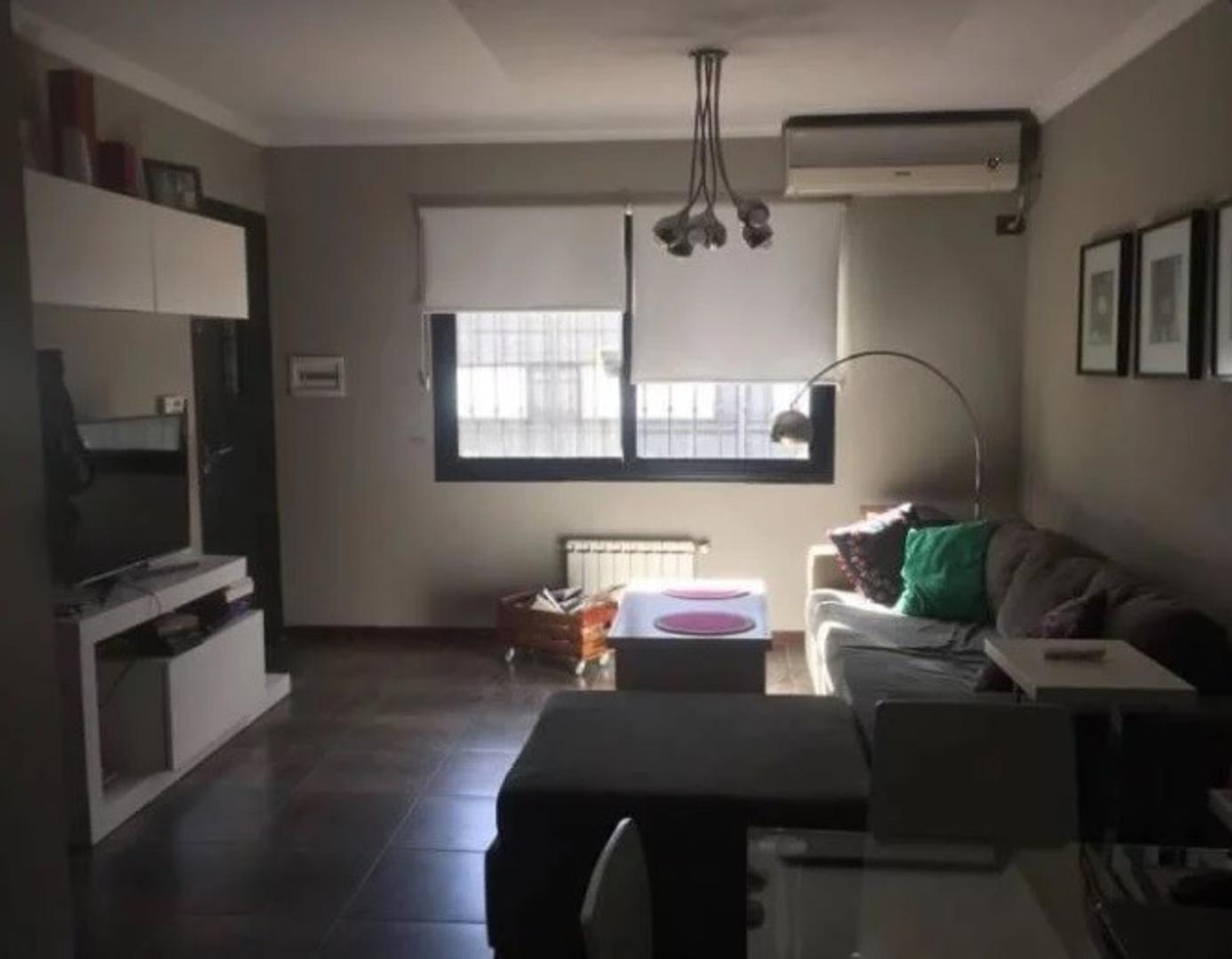 Casa en Venta en Quilmes - 2 ambientes