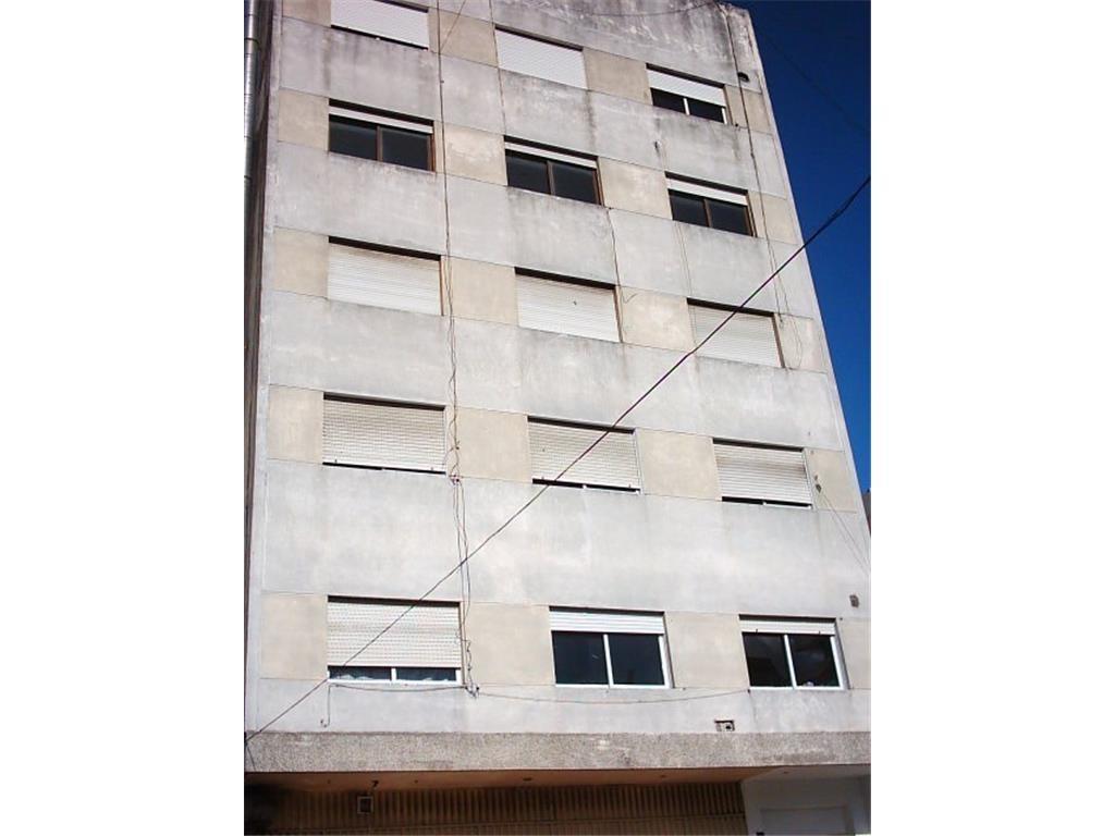 Departamento 3 amb - 100 mts estación - Alquiler o venta