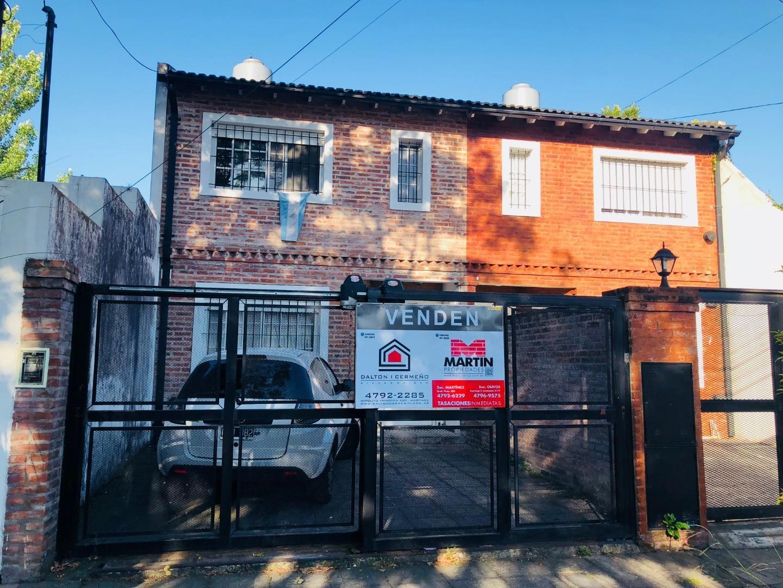 Dúplex de 3 dormitorios con jardín, parrilla y cochera para 2 autos! - Foto 15
