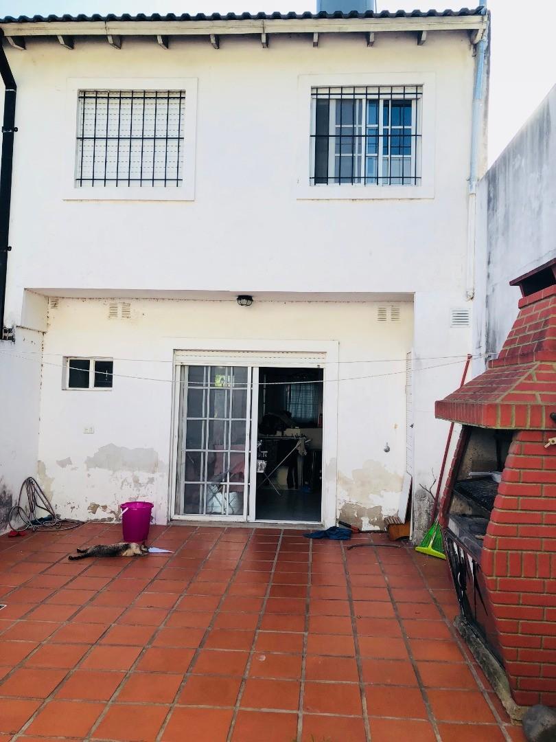 Casa en Martinez Fleming / Panamericana