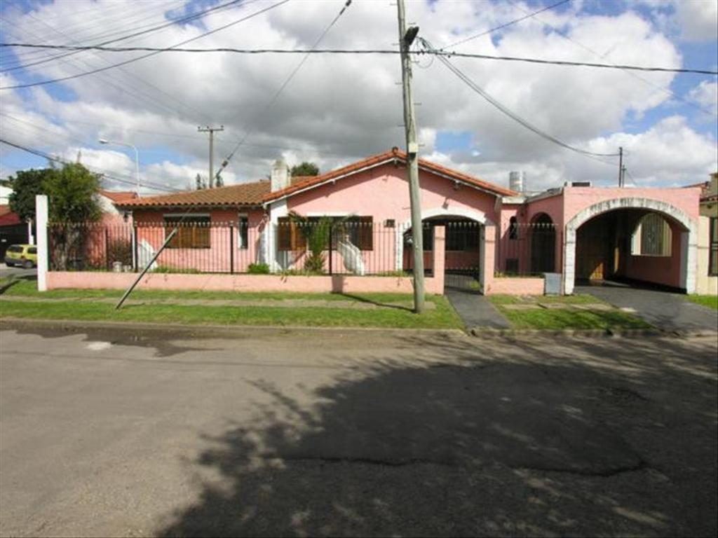 Casa en Venta de 5 ambientes en Buenos Aires, Pdo. de La Matanza, Ciudad Evita