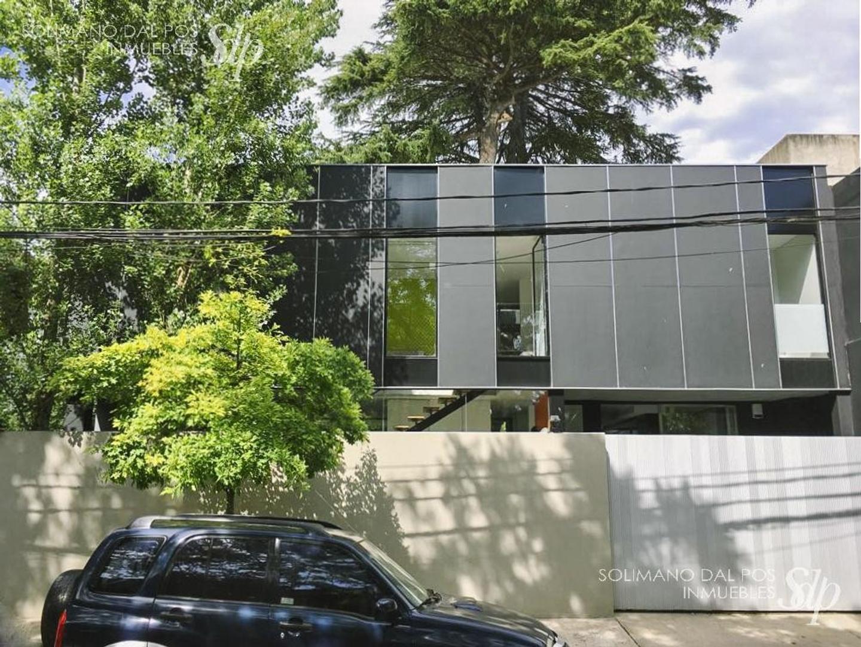Casa en Venta - 5 ambientes - USD 1.100.000