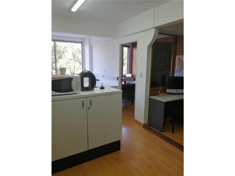 Oficina - 116 m² | 2 baños | 35 años