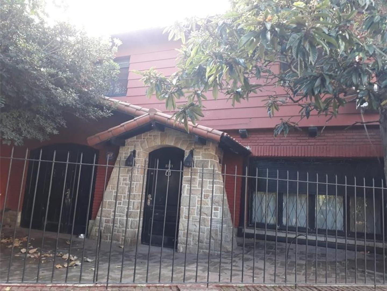 Casa en Venta en Beccar Vias / Libertador - 5 ambientes