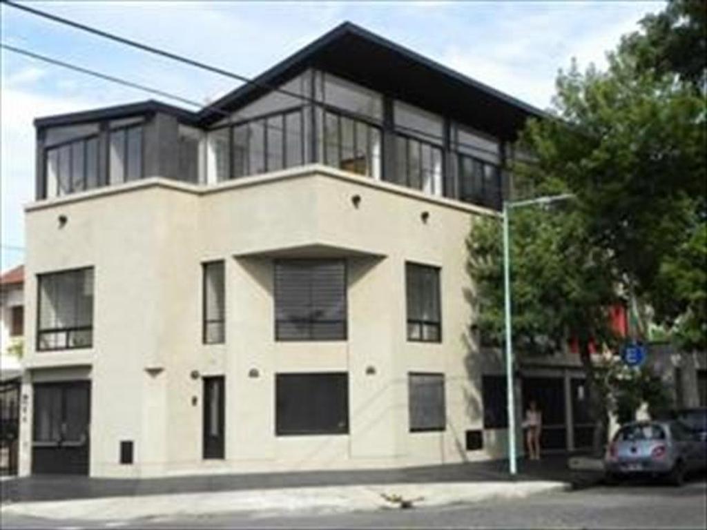 Departamento Tipo Casa en Alquiler 3 Dormitorios