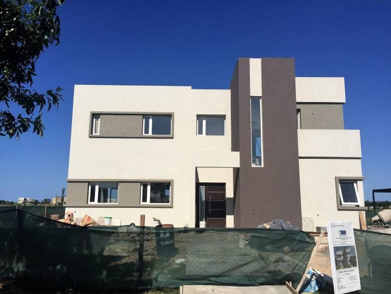 Casa en venta - U$S 309.000 - El Cantón Islas