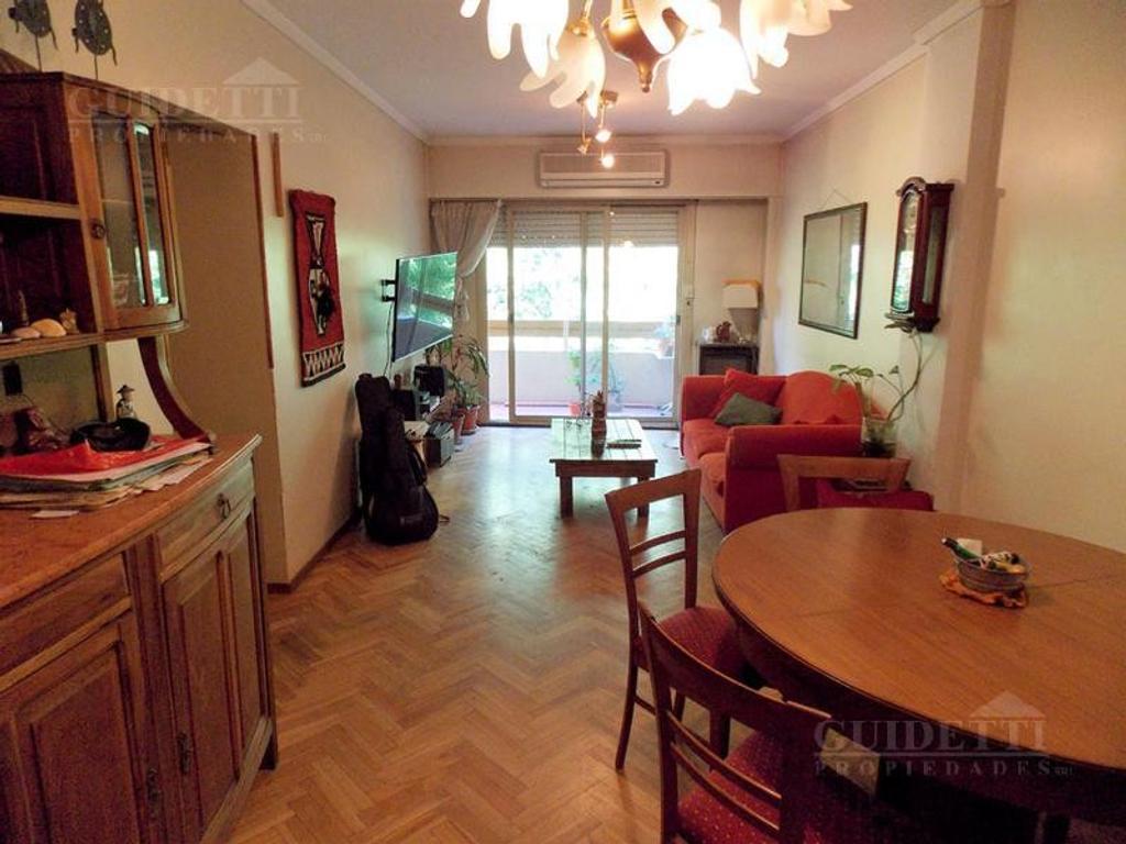 Venta departamento  4 ambientes con balcón corrido y guardacoche - Saavedra