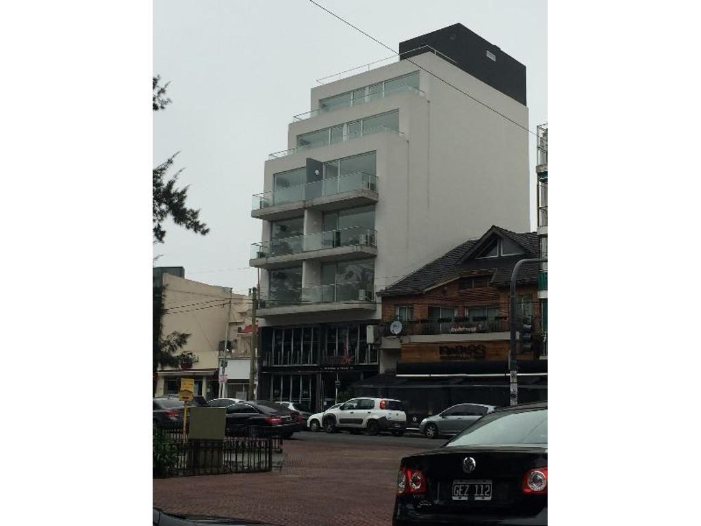 Departamento en alquiler en nueva york 4074 villa devoto for Alquiler piso nueva york