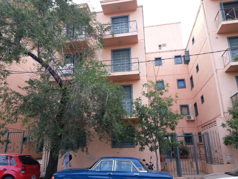 Alquiler 1 dorm - Alto Alberdi - a 200 mts de Duarte Quiros - Excelente ubicacion
