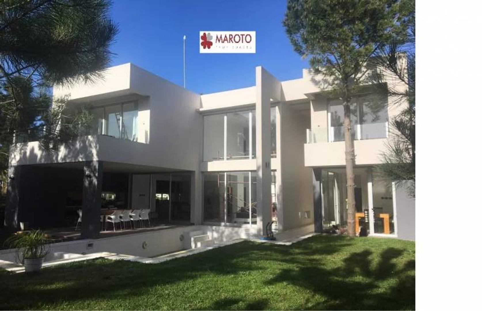 Costa Esmeralda - Casa en venta en barrio Golf 1 - Hermosa Casa al Golf