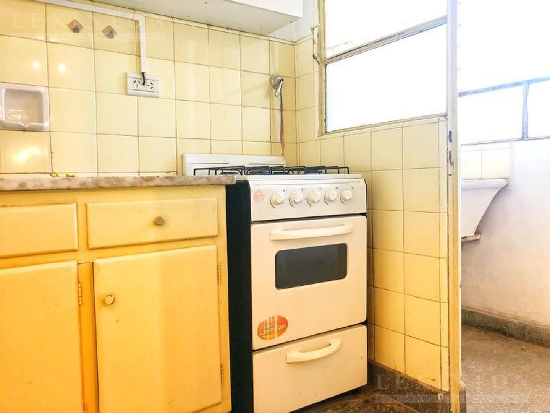 Monoambiente , piso alto , vista abierta , cocina separada , lavadero independiente - Foto 14