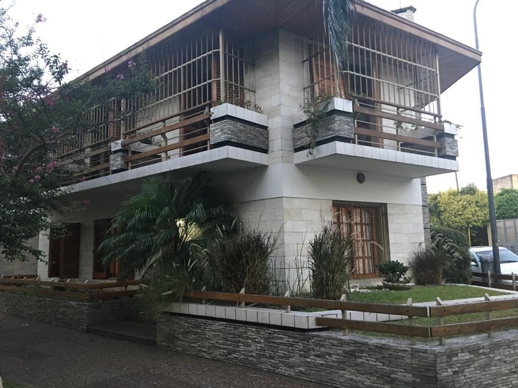 Excelente e Importante Casa dos plantas garage patio jardin