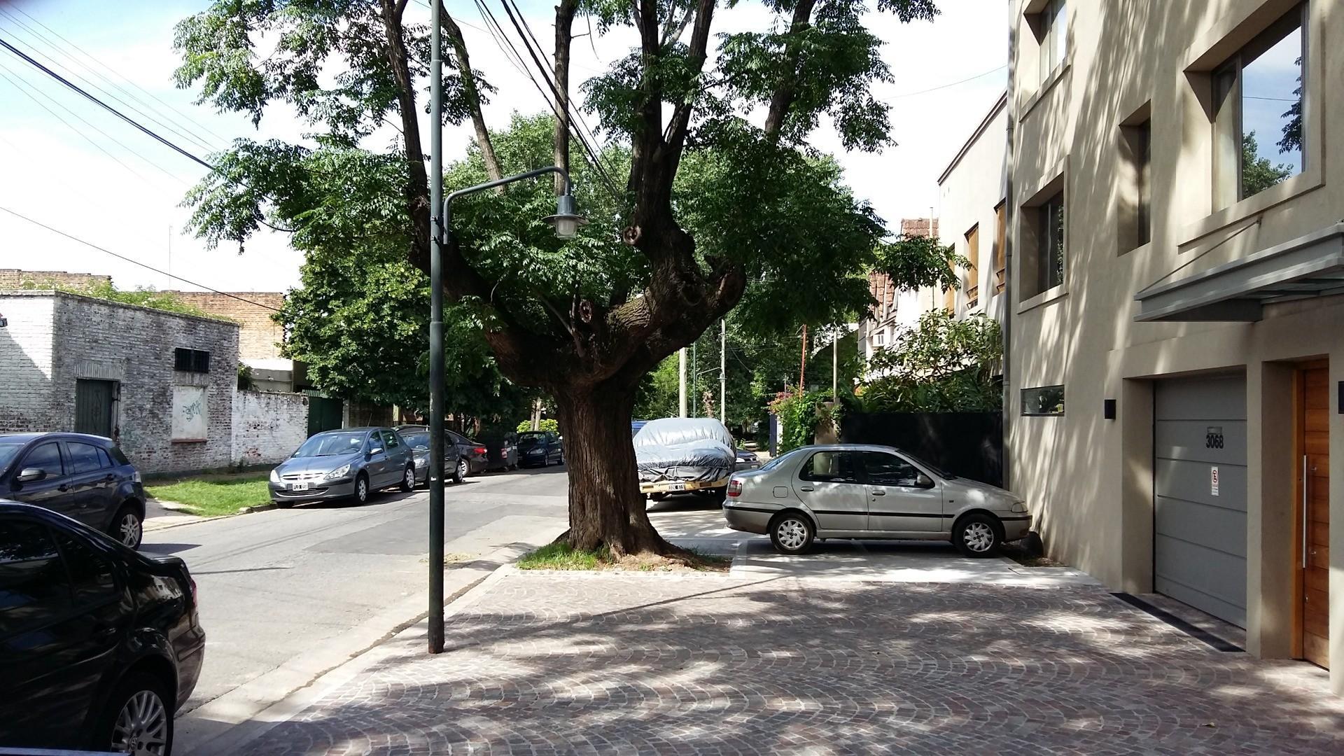 Terreno de 10 x 30 m2 en San Isidro.