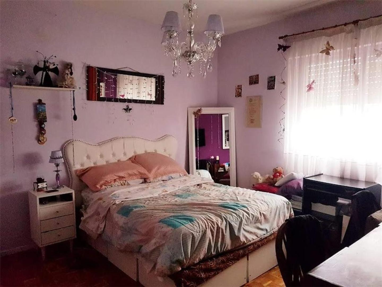 Departamento - 80 m²   3 dormitorios   50 años