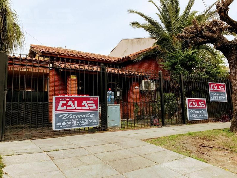 Chalet ideal 2 familias en excelente zona de Castelar Norte