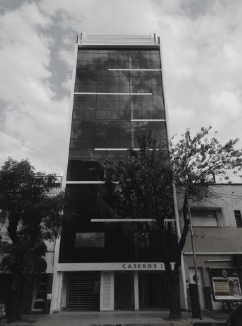 Oficina en Alquiler en Parque Patricios