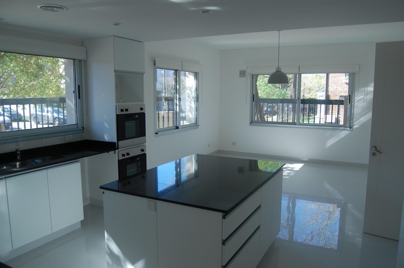 Casa en Alquiler de 450,0 m2