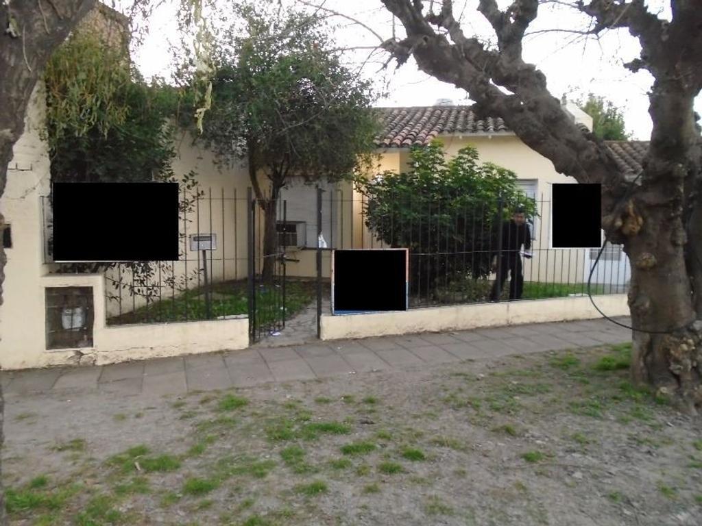 Chalet sobre Figueroa Alcorta, 2 dormitorios, excelente oportunidad