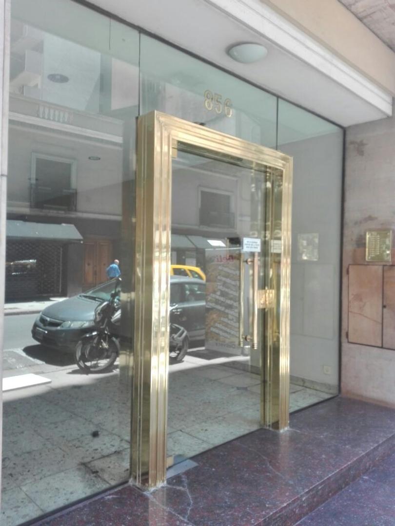 Departamento - Venta - Argentina, Capital Federal - URUGUAY  AL 800