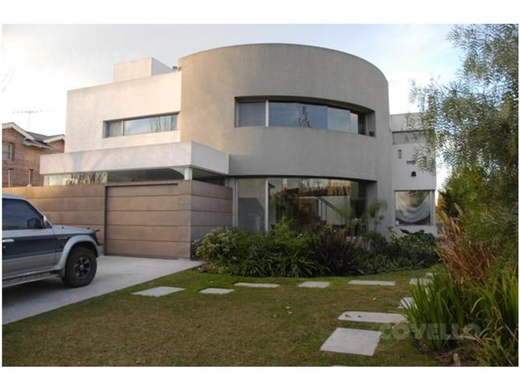 Excelente Casa en Santa Barbara