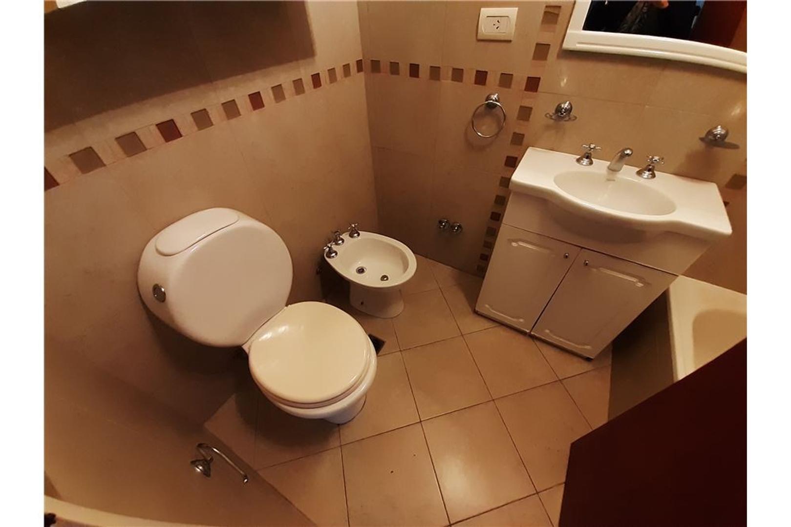 Casa en Quilmes con 2 habitaciones