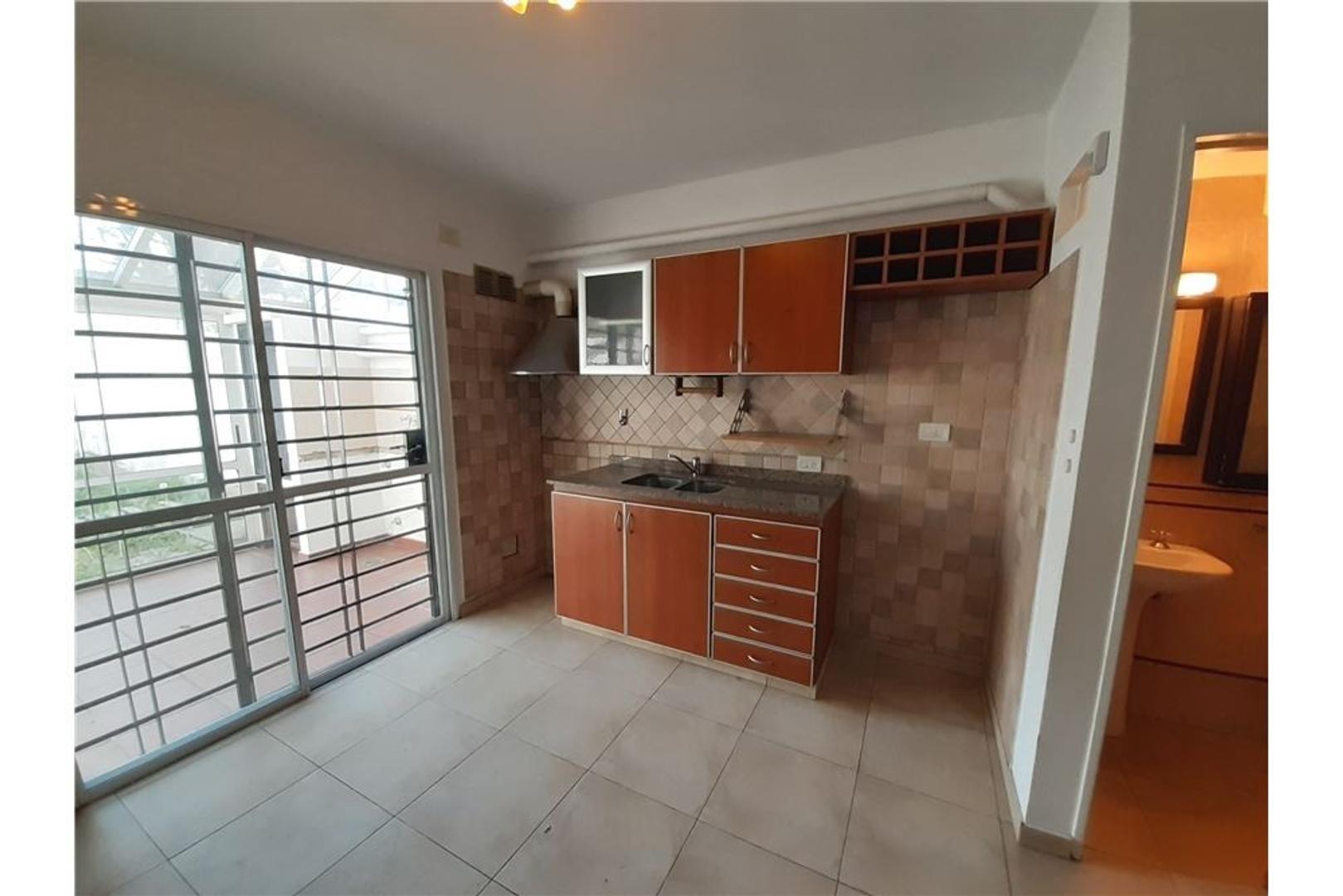 Casa - 69 m²   2 dormitorios   9 años