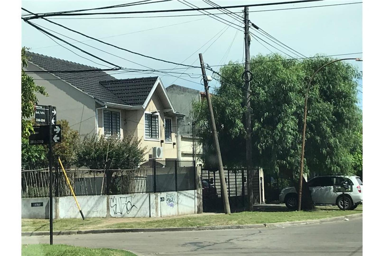 Casa en Venta - 4 ambientes - USD 129.000