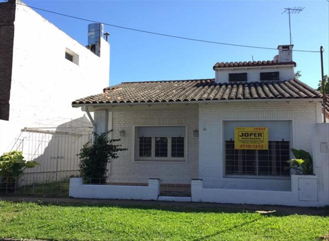 Casa en Venta de 4 ambientes en Buenos Aires, Pdo. de San Isidro, Boulogne, Barrio Malvinas
