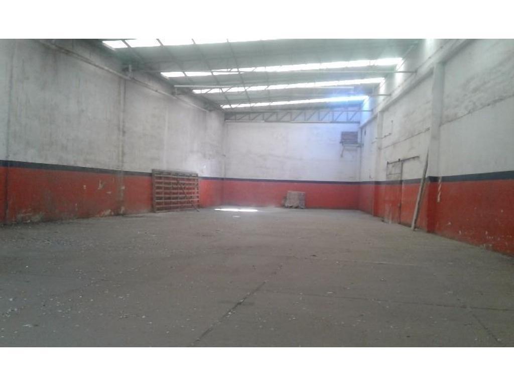 galpon zona industrial calle Castanon 3400 Pompeya