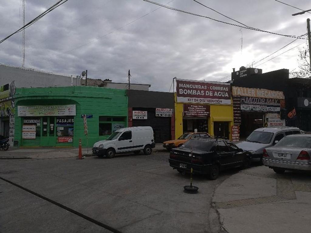Excelente Local Comercial -  Zona E - Esq. Warnes - Villa Crespo