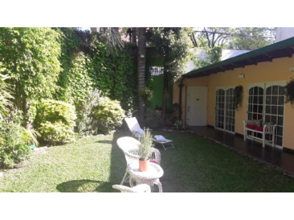 Vendo Excelente propiedad con jardín