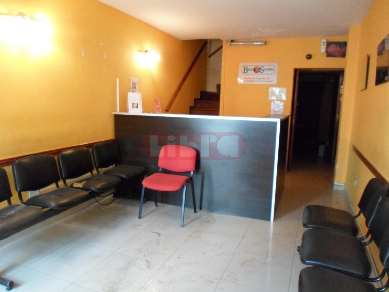 Oficina en Alquiler en Olivos - 4 ambientes