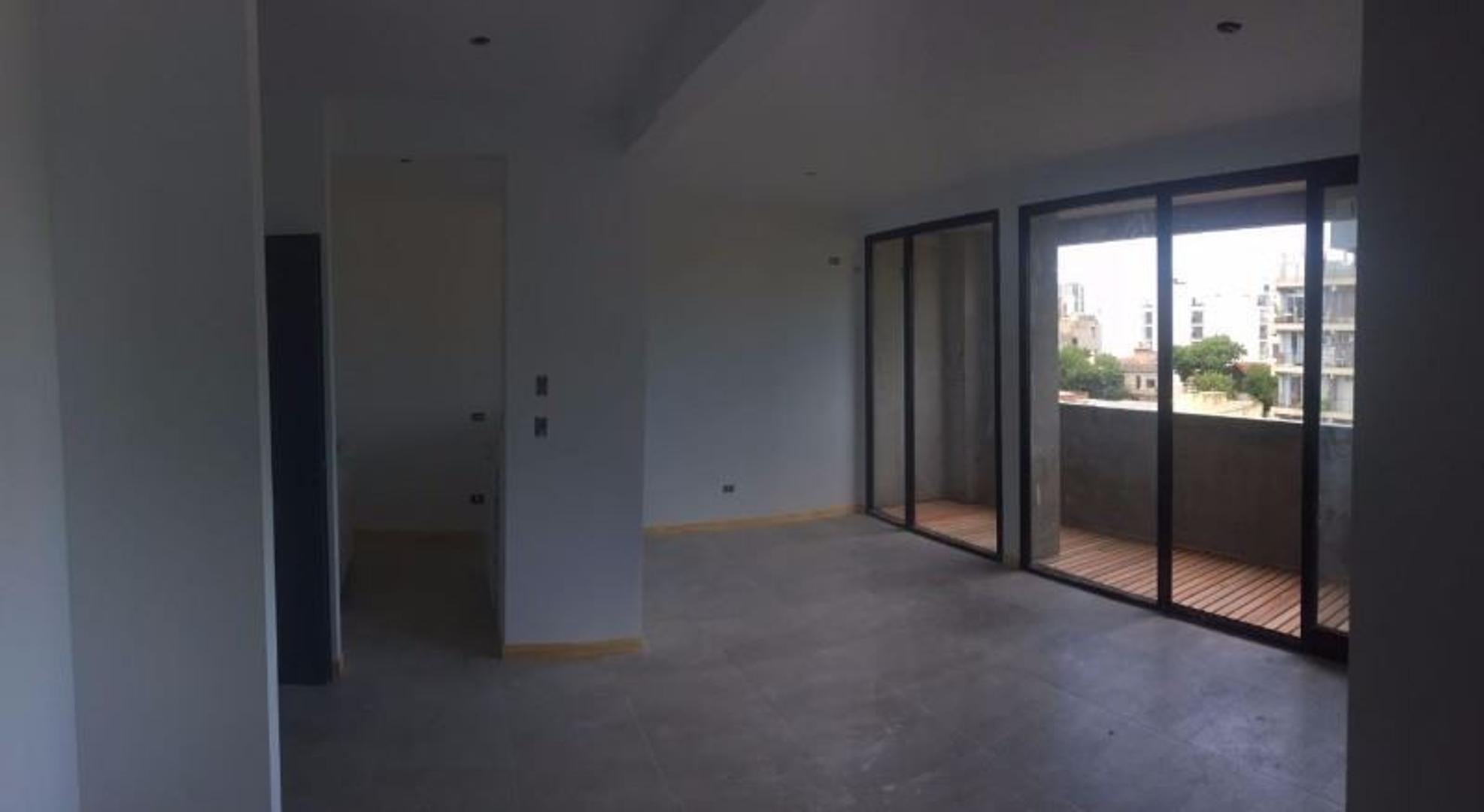 Excelente 2 ambientes con entrega inmediata! 48 m2 cub mas balcon NO APTO CREDITO