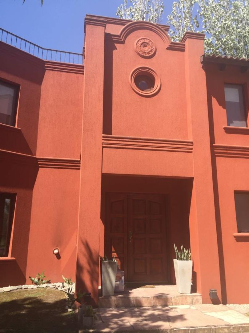Casa  en Venta  C.C. Banco Provincia, Zona Oeste - OES1010_LP154385_1