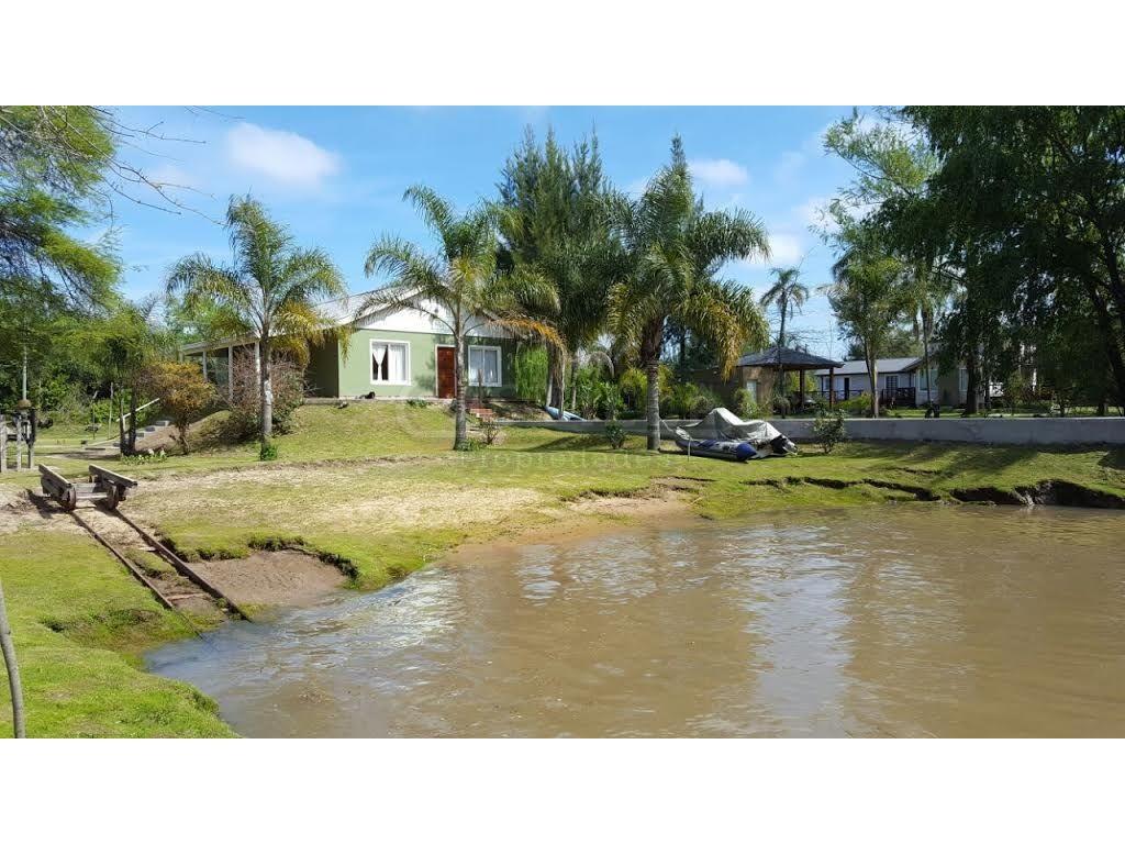 Venta de casa sobre Rio Capitán delta de Tigre