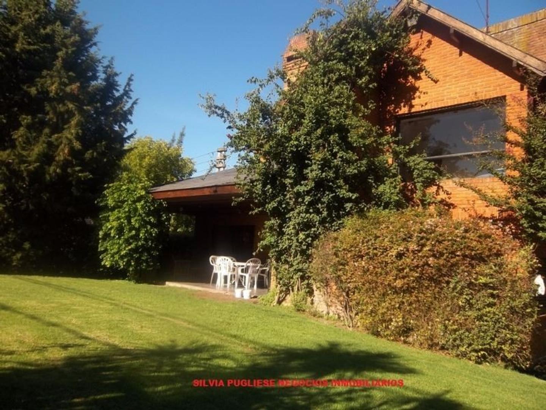 Casa en Venta en Miraflores - 5 ambientes