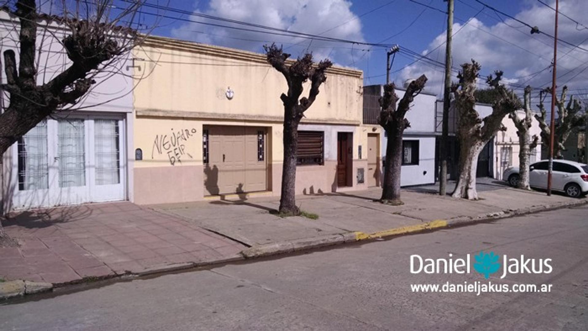 CASA EN VENTA 146 (58 Y 59) LOS HORNOS